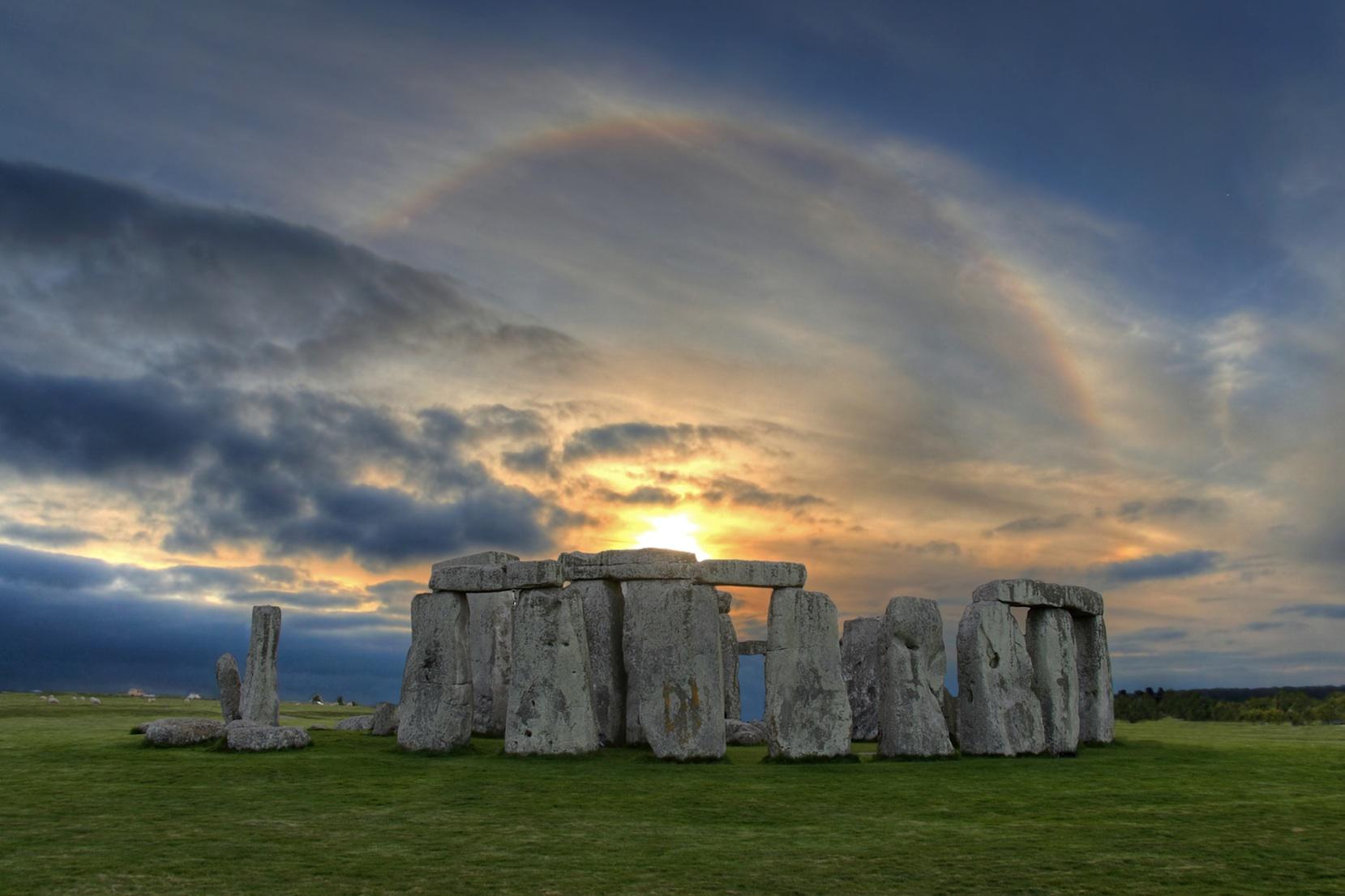 Stonehenge-Depositphotos_1520251-lo-res